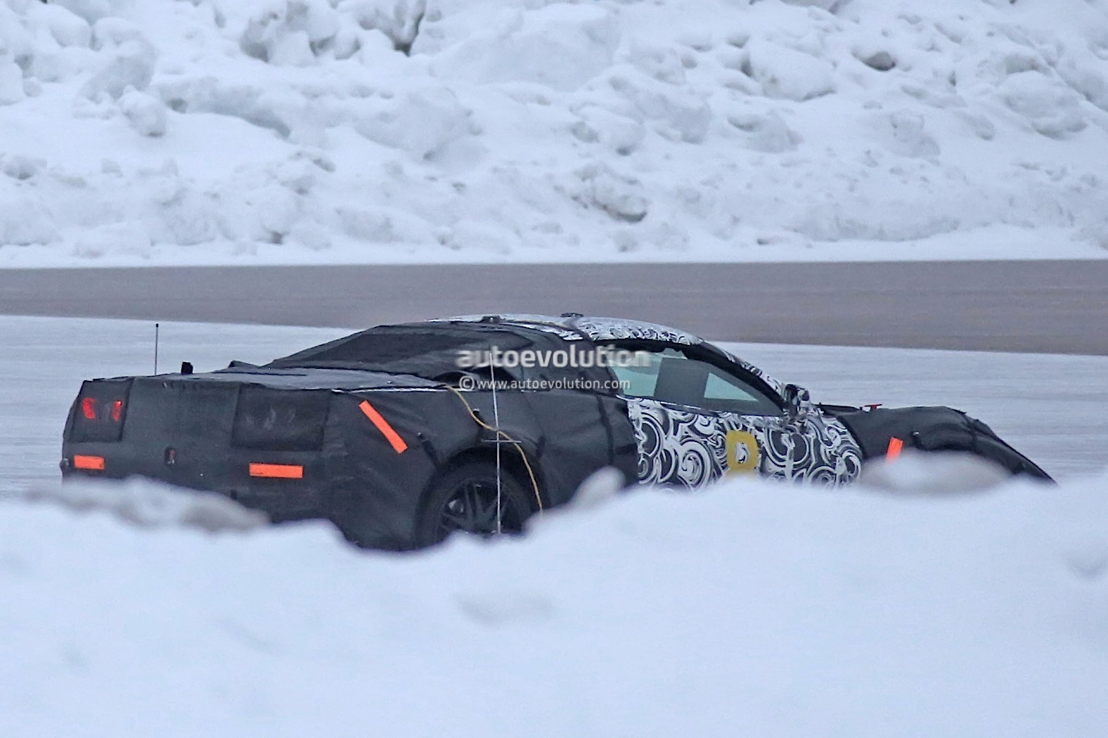 This Mid-Engine Prototype Could Be a Future Cadillac ...