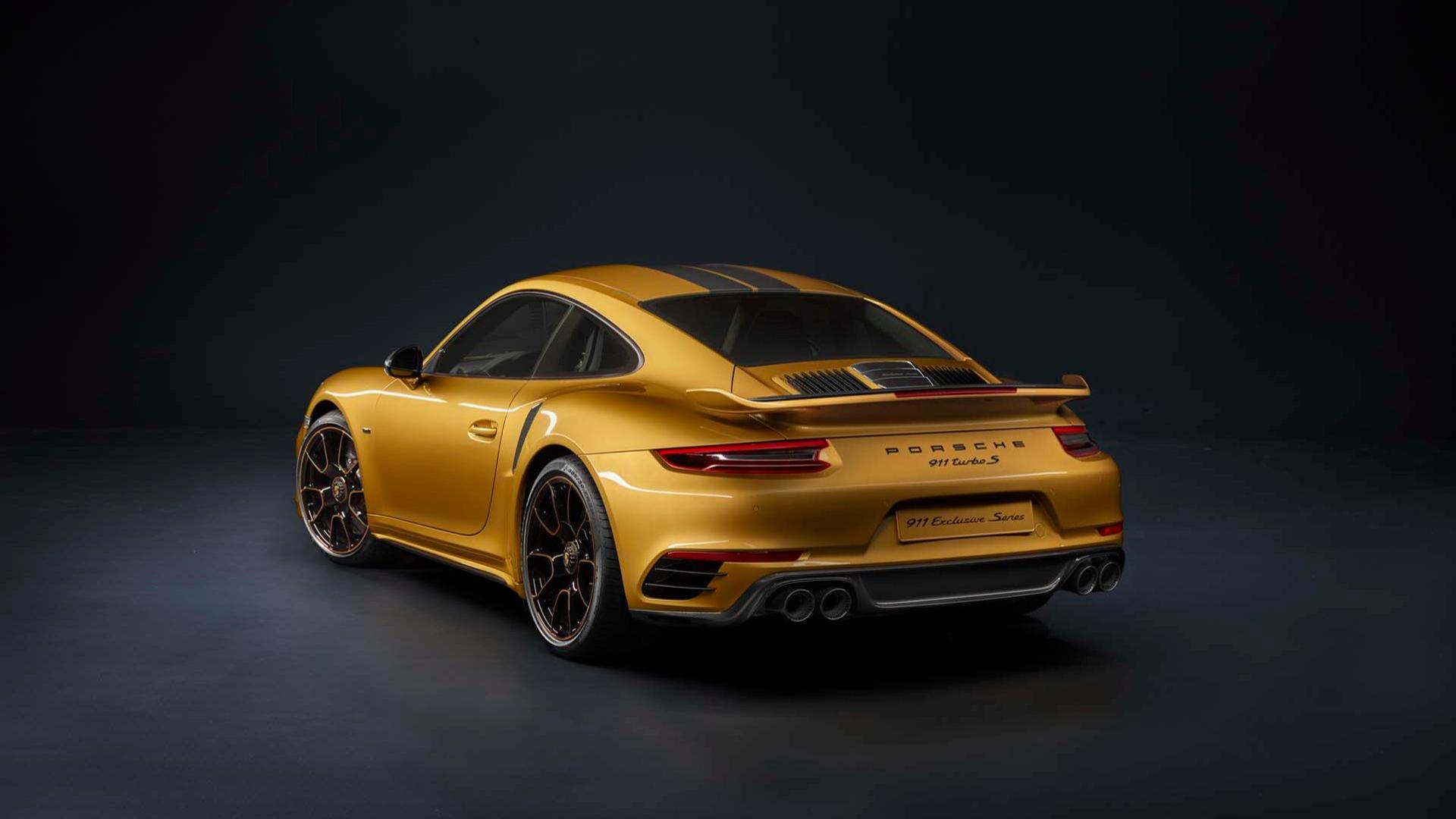 this porsche 911 gts secretly uses 911 turbo s exclusive gold yellow metallic autoevolution. Black Bedroom Furniture Sets. Home Design Ideas
