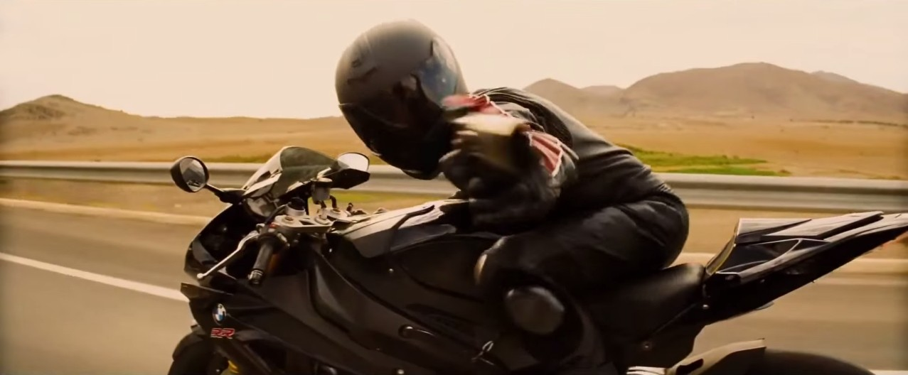 Tom Cruise Rides A Bmw S1000rr In The Mission Impossible 5