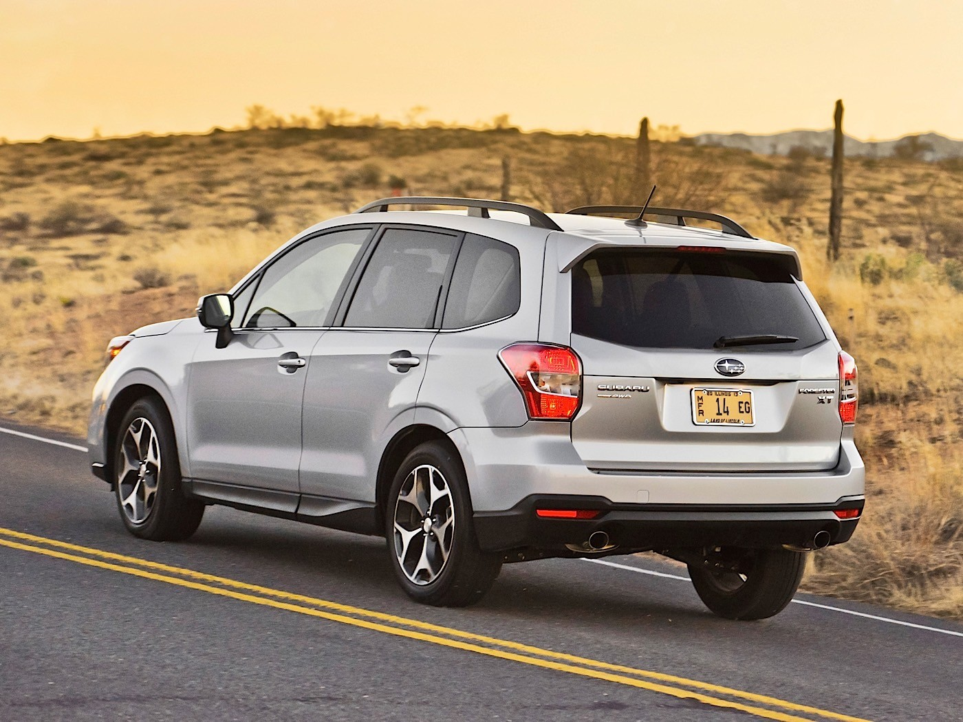 Iihs Safety Ratings >> Top 10 Safest SUVs on the US Market in 2016 - autoevolution