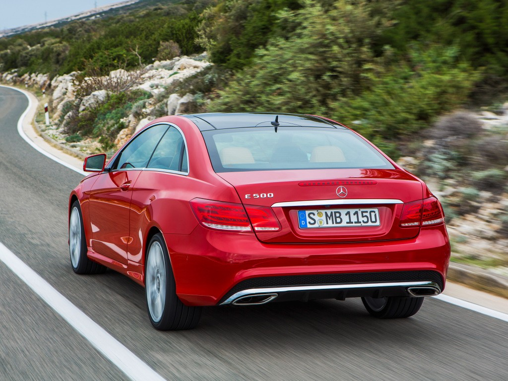 Top 5 cheapest v8 cars on sale in europe in 2016 for Mercedes benz cheapest car