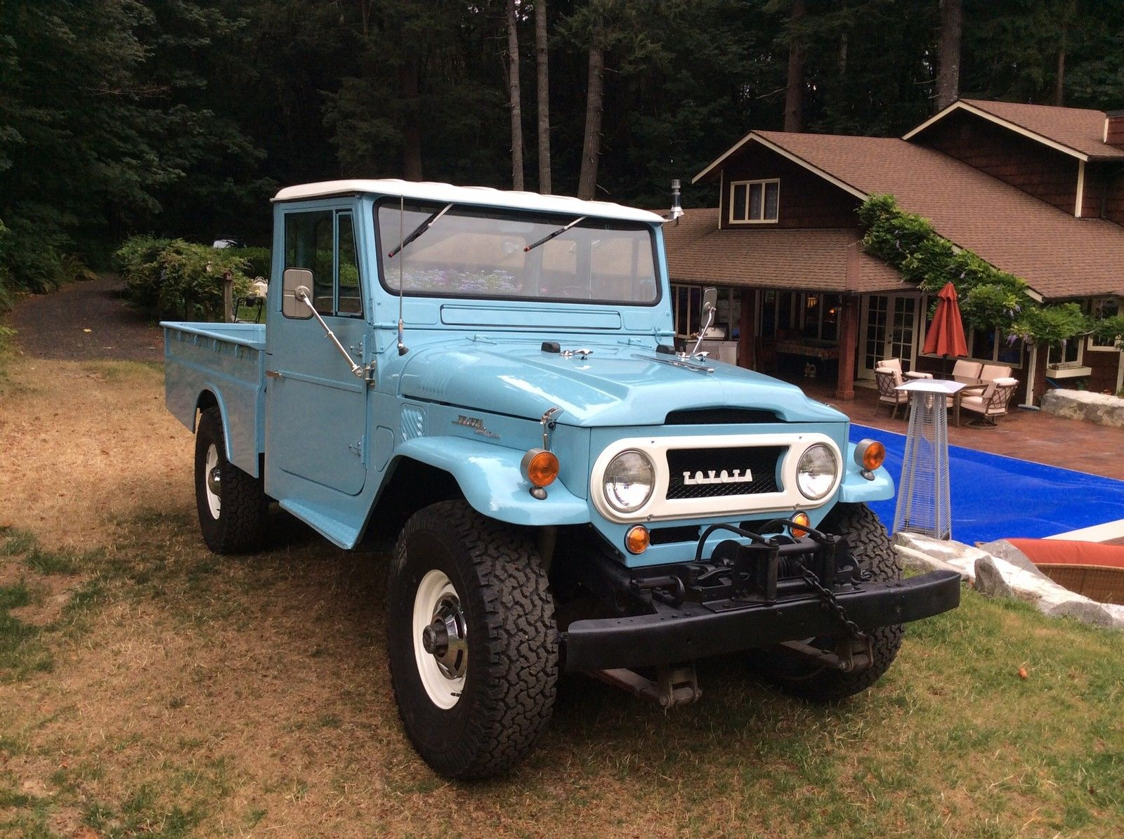 top condition toyota land cruiser fj45 pickup waiting for. Black Bedroom Furniture Sets. Home Design Ideas
