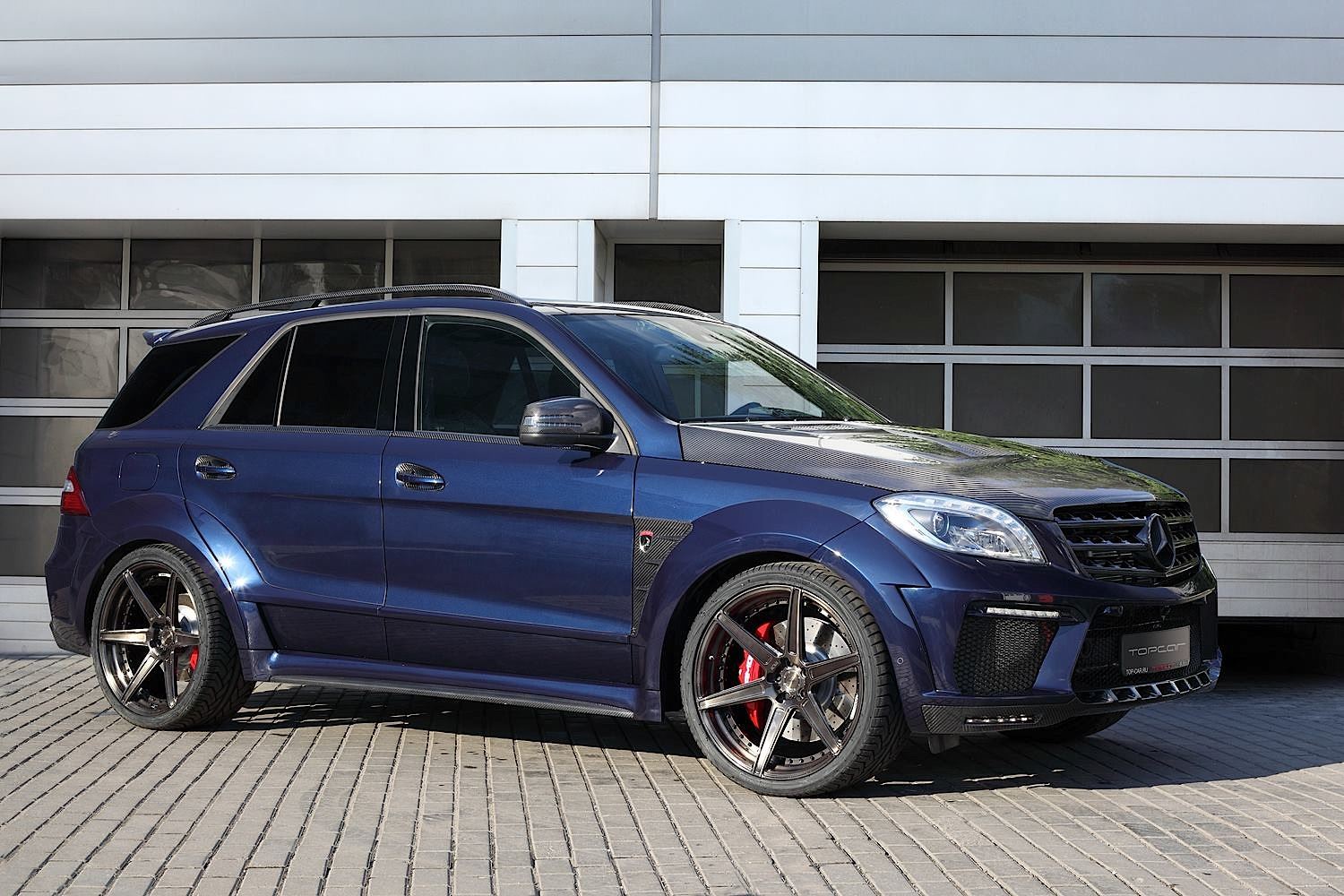 Mercedes Benz Ml 63 Amg Vs Bmw X6 M Doesn T End Well