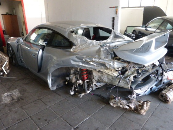Totaled Cars For Sale >> Totaled Porsche 911 GT3 with 156 Km on the Clock for Sale - autoevolution