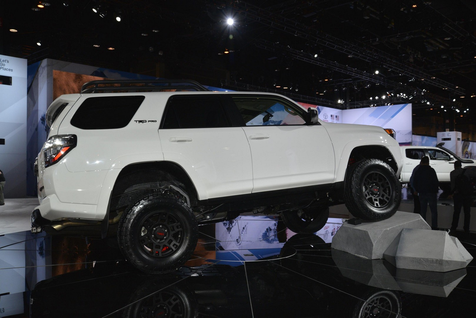 Toyota 2019 Trd Pro Tundra Tacoma And 4runner Flaunt Snorkel And Suspension Kit Autoevolution