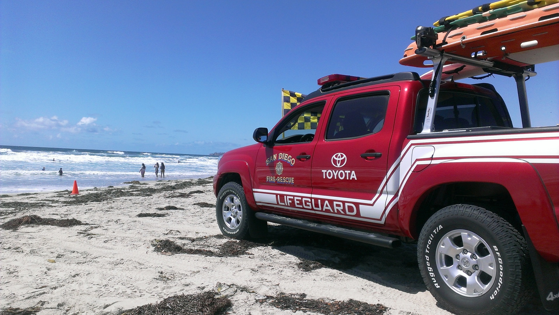 San Diego Toyota >> Toyota Aiding San Diego Lifeguards in Beach Safety Promotion - autoevolution