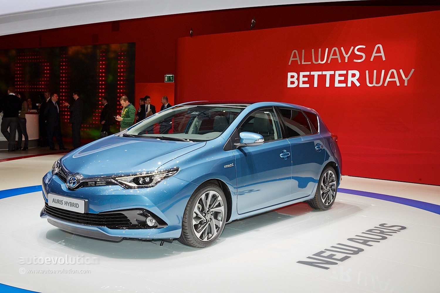 toyota auris grabs downsized turbo engine in geneva autoevolution. Black Bedroom Furniture Sets. Home Design Ideas