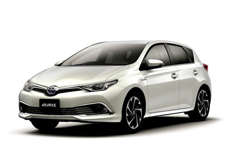toyota auris hybrid and 120t rs package launched in japan. Black Bedroom Furniture Sets. Home Design Ideas