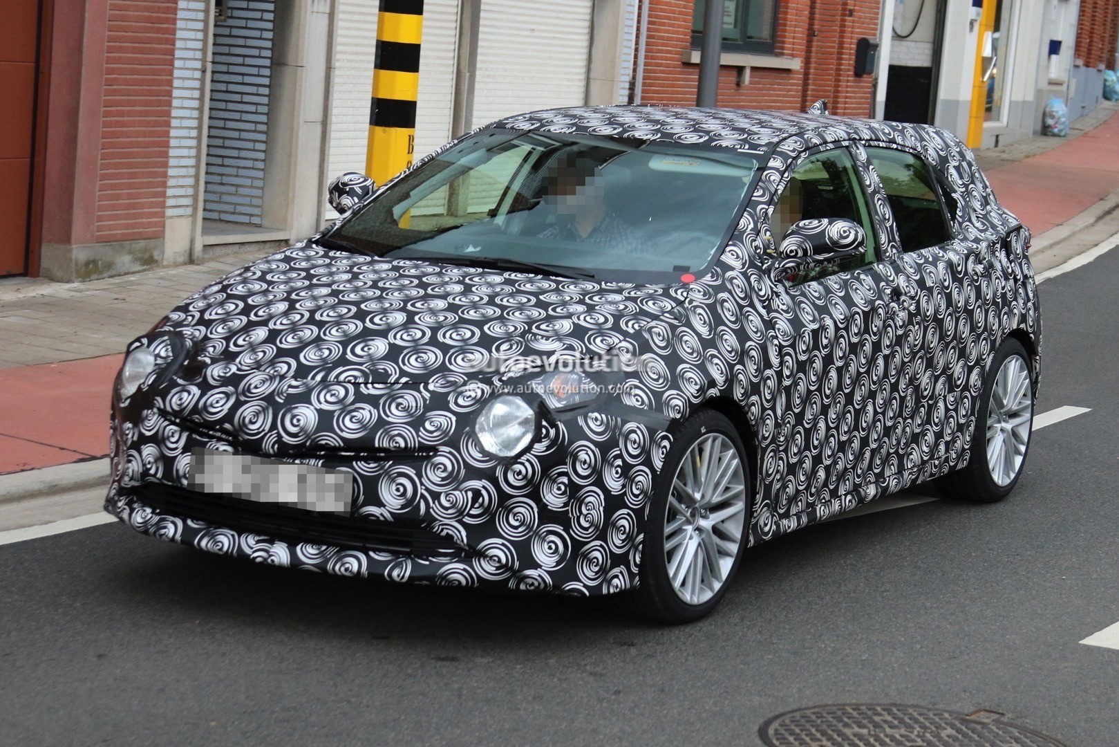 2019 Toyota Corolla Hatchback Spied With Production Body ...