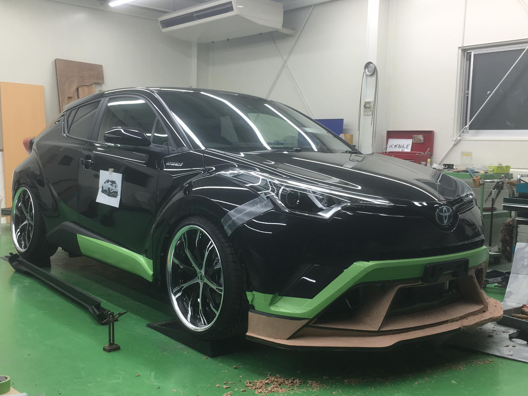 toyota c hr tuned by kuhl racing one extensively modified. Black Bedroom Furniture Sets. Home Design Ideas