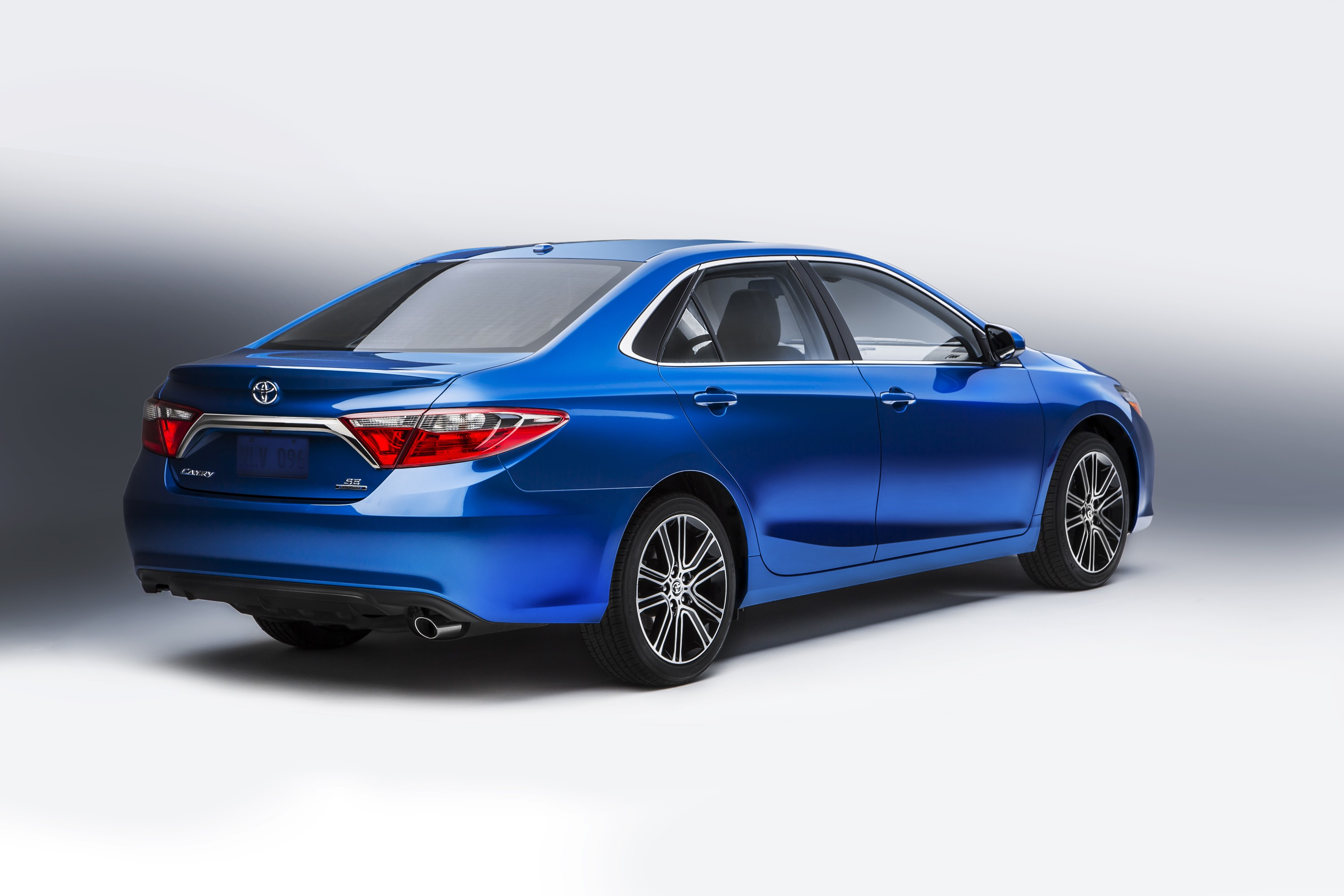 Toyota Camry and Corolla Getting Special Editions at Chicago Show