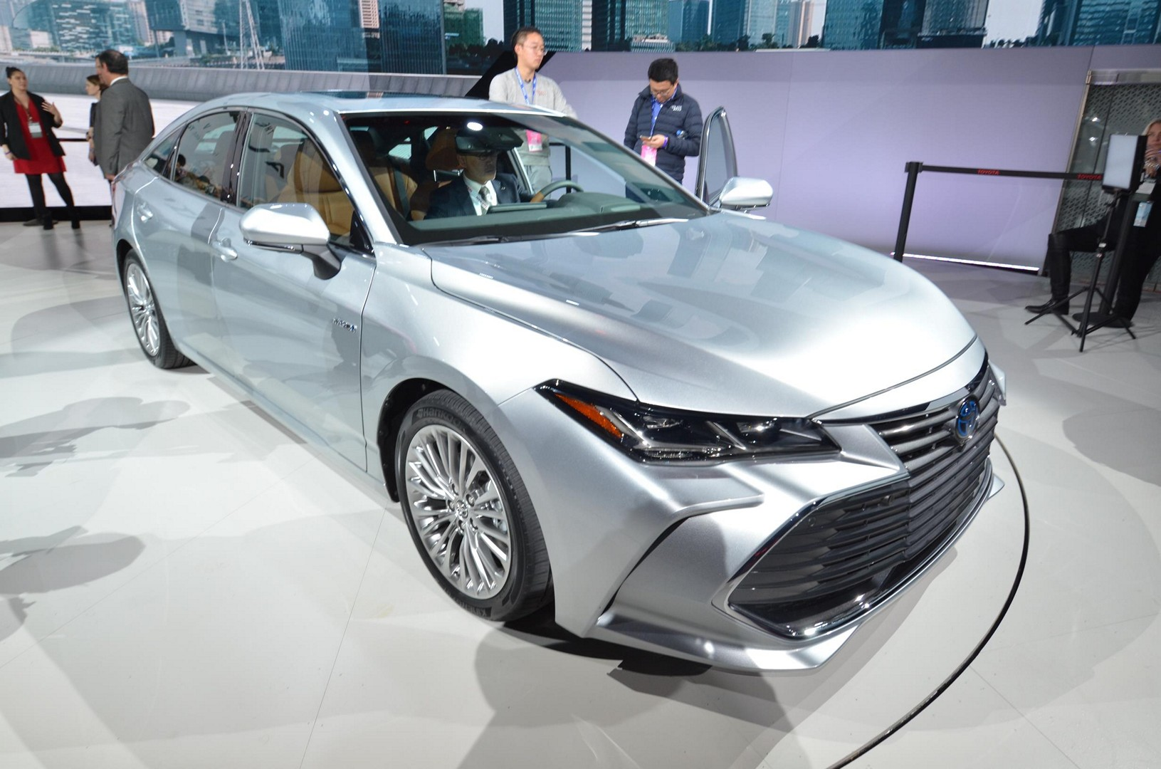 Toyota Camry Avalon With Trd Package Teased Ahead Of 2018 Los