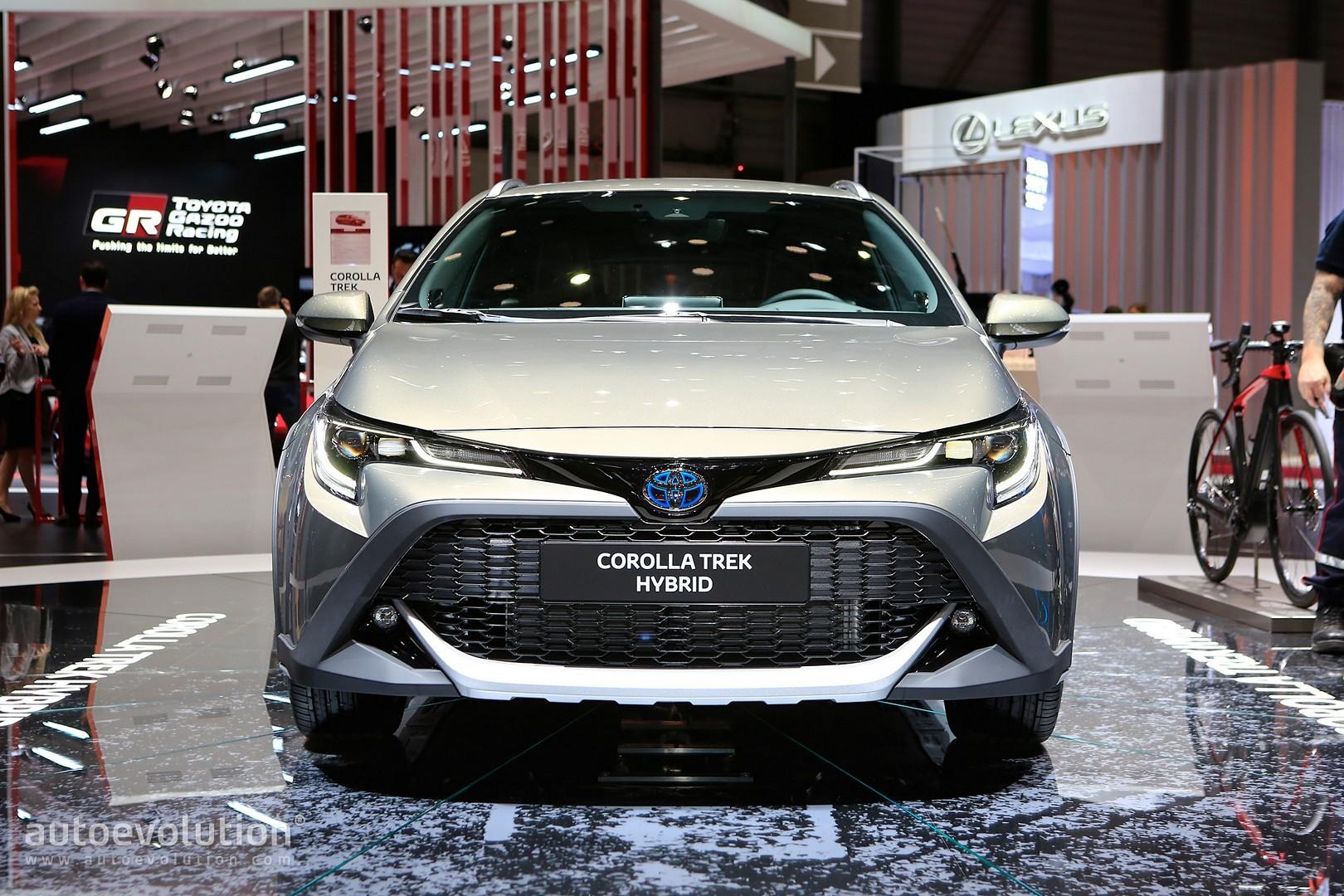 Toyota Corolla Gr Sport And Corolla Trek Wear Makeup To