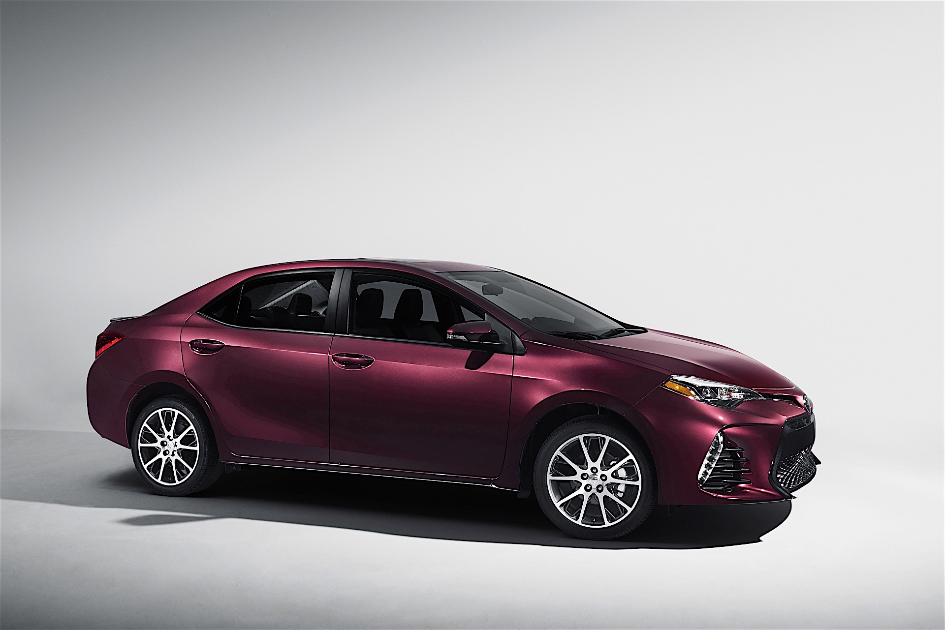 2017 Toyota Corolla 50th Anniversary Special Edition Revealed - autoevolution