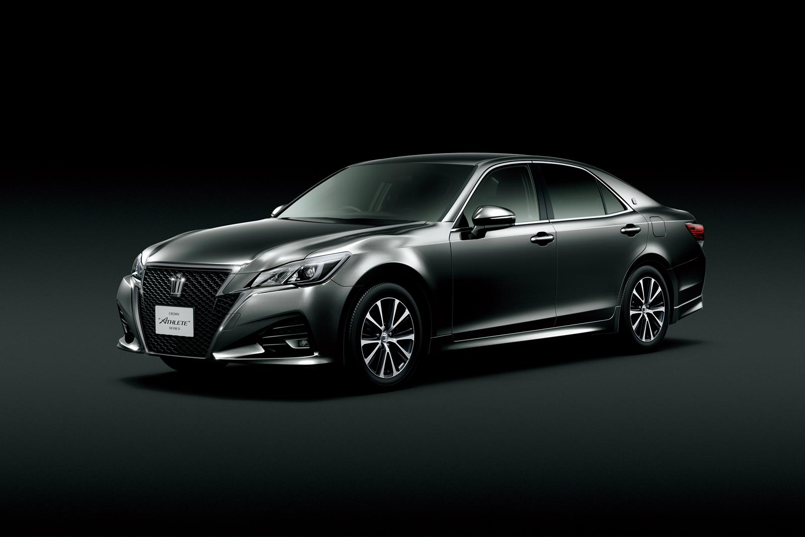 2014 Toyota Crown Athlete Is a Cool Sedan You Can't Have ...
