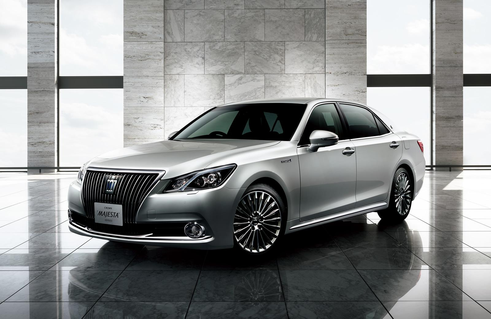 2014 Toyota Crown Athlete Is A Cool Sedan You Can T Have