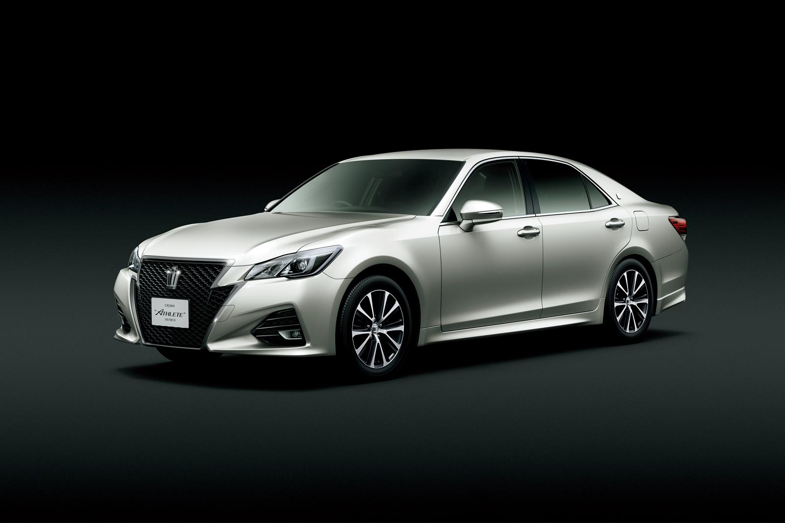 Toyota Crown 2014 >> 2014 Toyota Crown Athlete Is a Cool Sedan You Can't Have - autoevolution