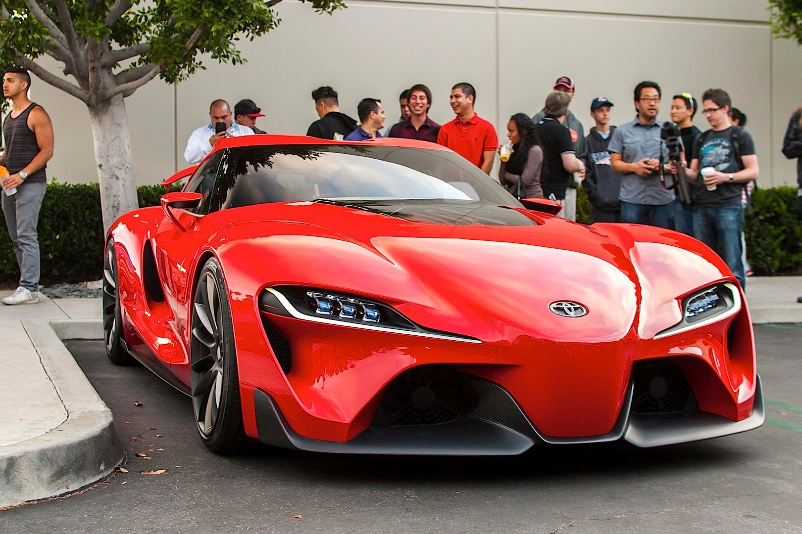 toyota ft 1 concept shows up at cars and coffee irvine. Black Bedroom Furniture Sets. Home Design Ideas