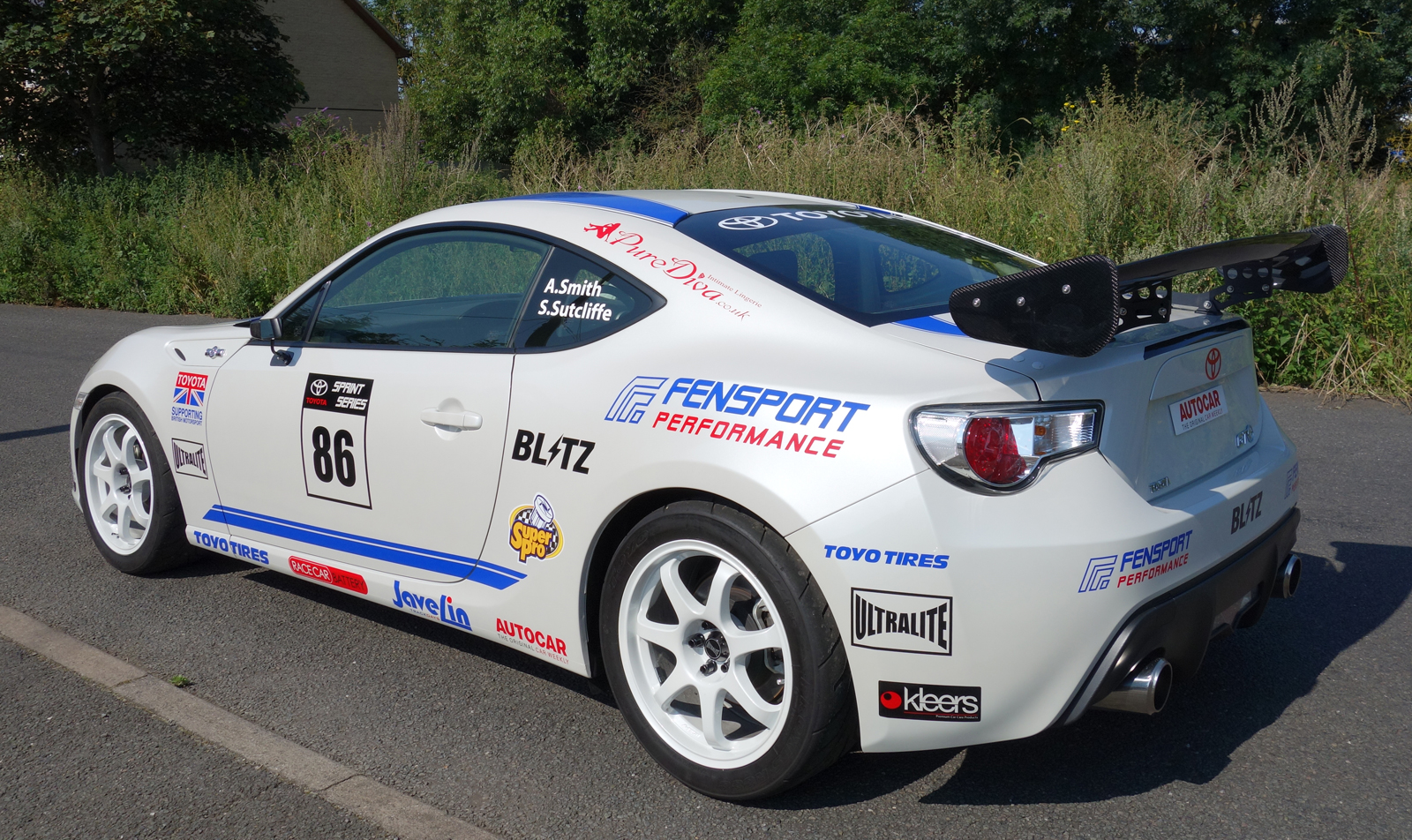 toyota gt 86 wins first race in the uk autoevolution