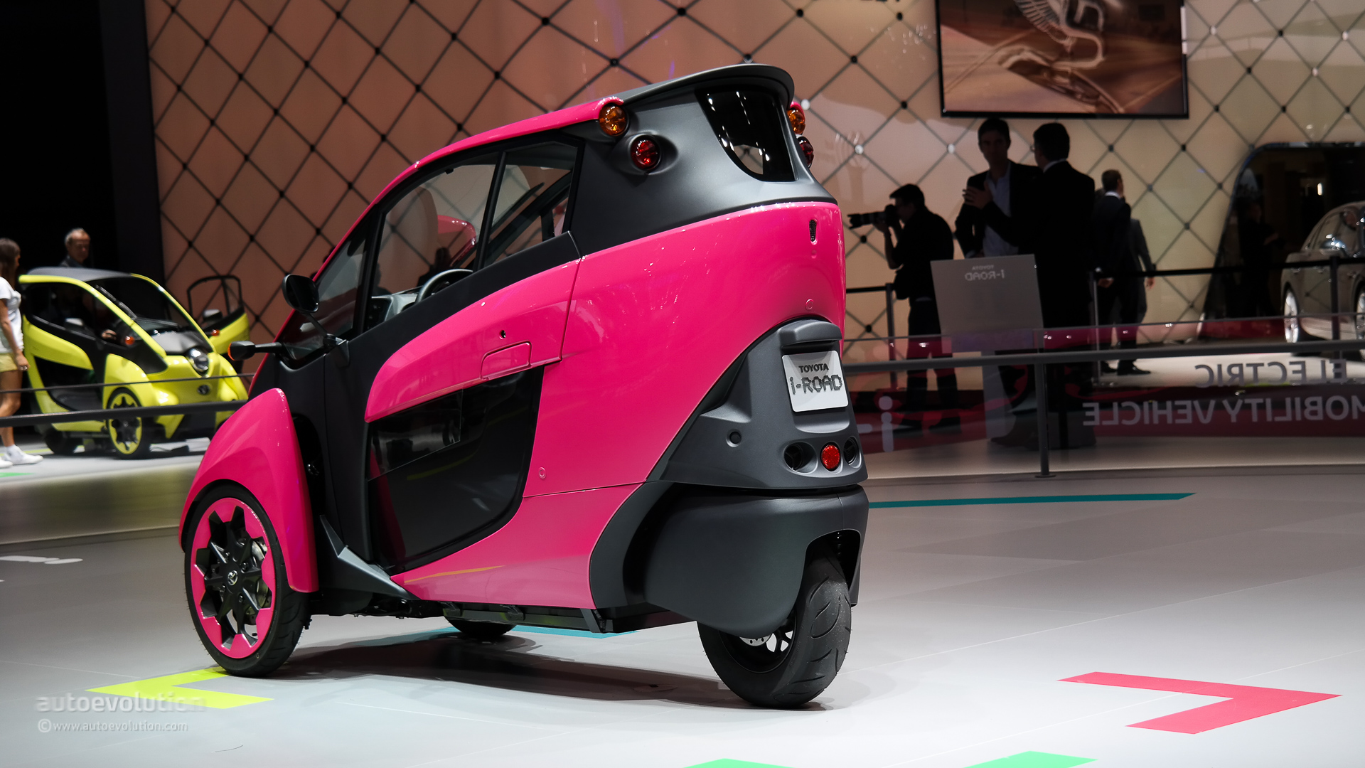 Toyota I Road Ha Mo Service Officially Debuts In Grenoble