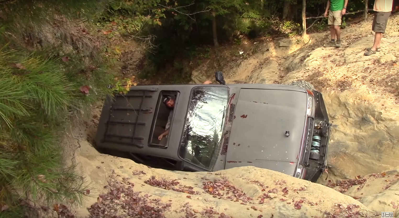 Toyota Land Cruiser 80 Series Off Road Fail Not As Invincible