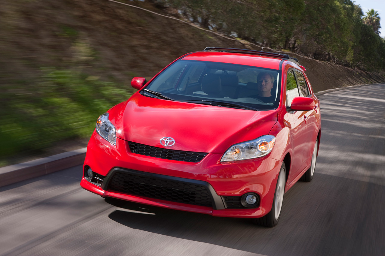 Toyota Launches Refreshed 2011 Matrix in Chicago