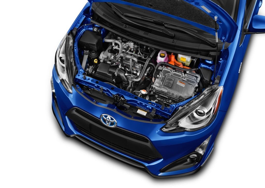 How To Jumpstart A Prius >> How To Jump Start A Toyota Prius C Autoevolution
