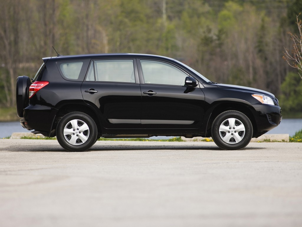 toyota rav4 lexus hs 250h recalled over tie rod failure. Black Bedroom Furniture Sets. Home Design Ideas