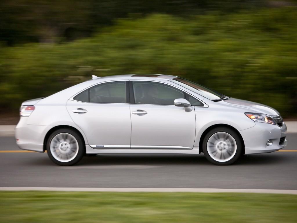 Toyota Auris 2016 >> Toyota RAV4, Lexus HS 250h Recalled Over Tie Rod Failure. Again - autoevolution