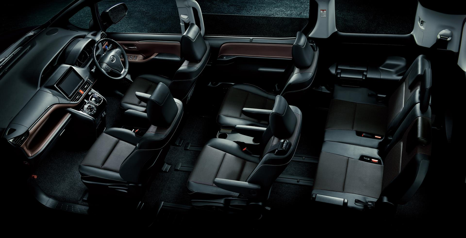 2015 Toyota Highlander For Sale >> Toyota Reveals New Esquire Van, Batman Would Drive One ...