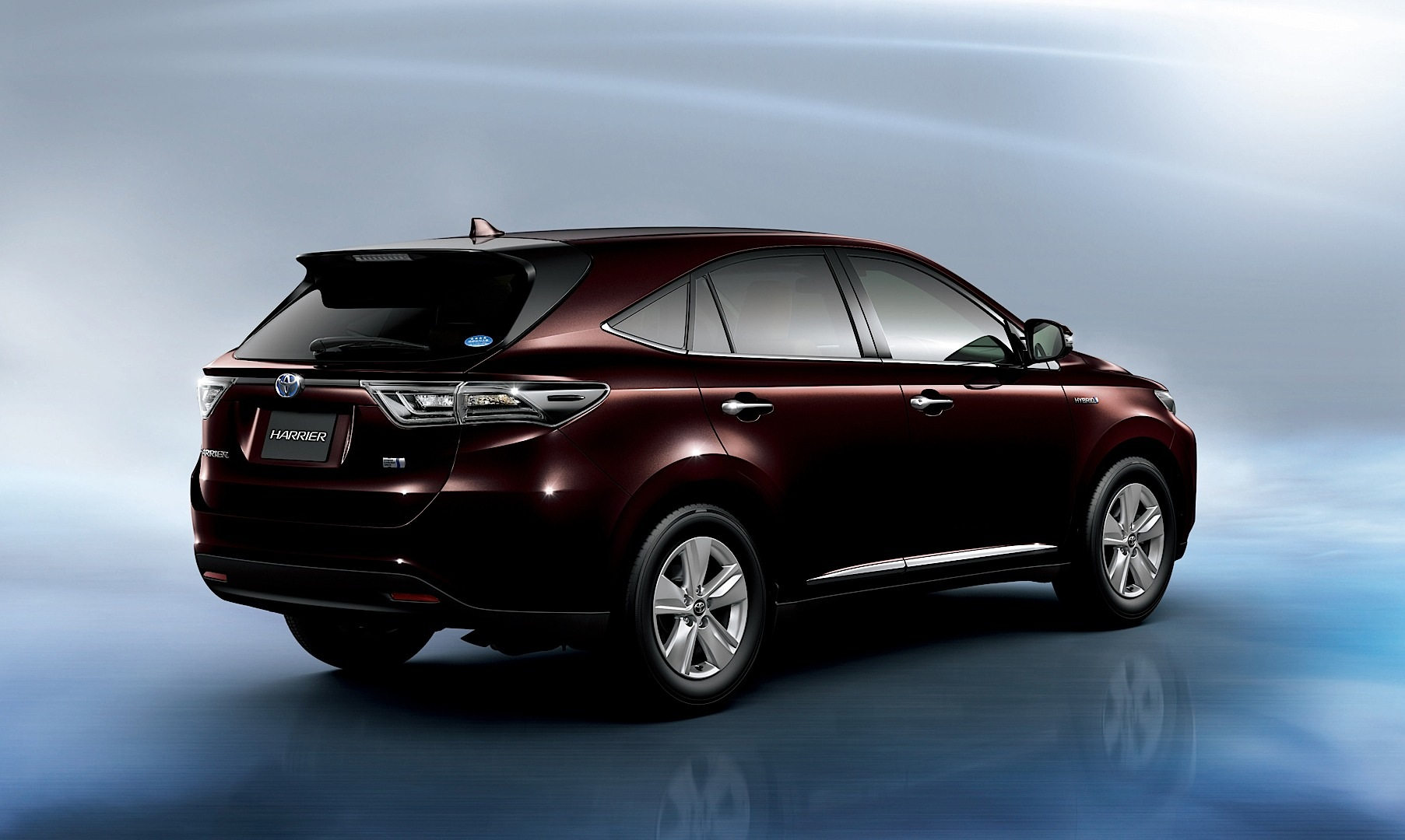 Toyota Reveals New Harrier Suv In Japan Video