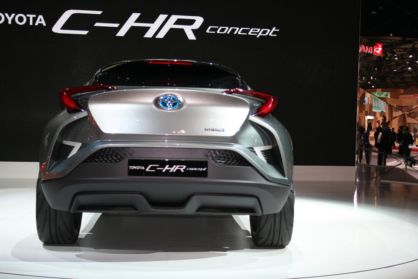 2014 Toyota Camry Hybrid >> Toyota Says C-HR Will Debut at Geneva 2016, Shows Concept in Tokyo - autoevolution