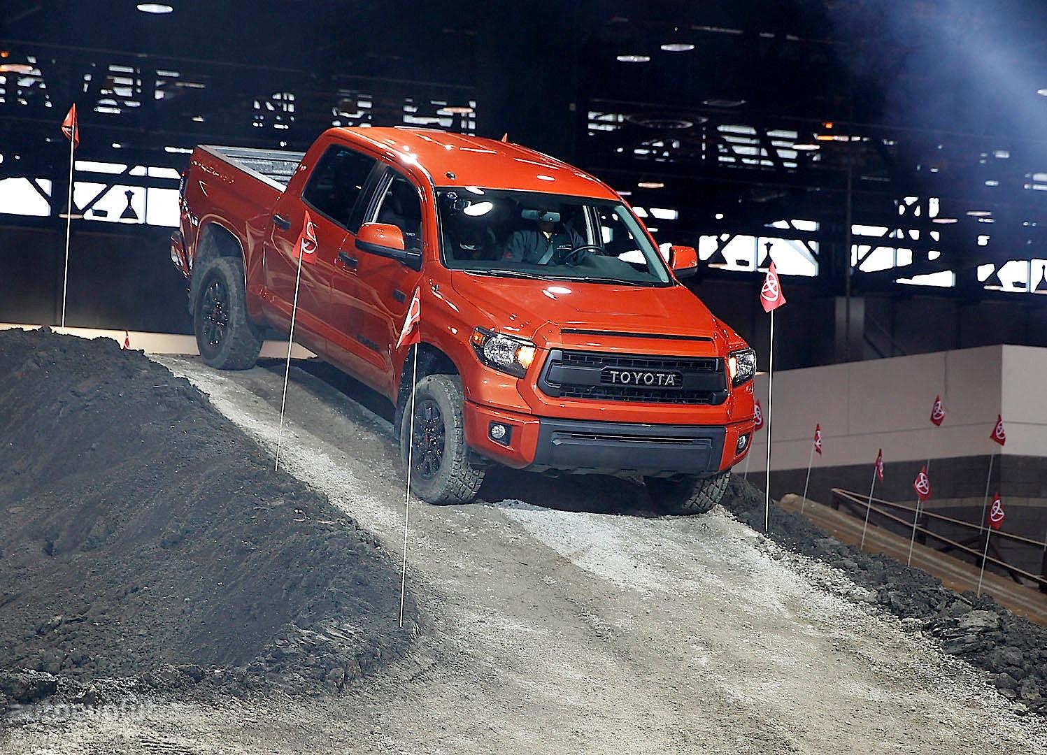 Toyota tundra trd pro chicago auto show