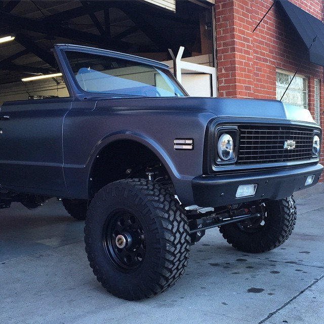 Travis Barker S Chevy K5 Blazer Project Goes Further Will