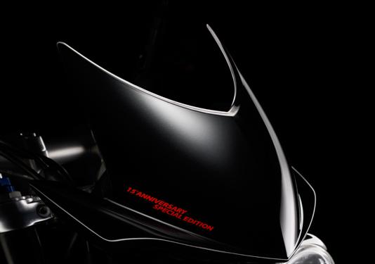 Triumph 2010 Speed Triple Anniversary Edition - autoevolution