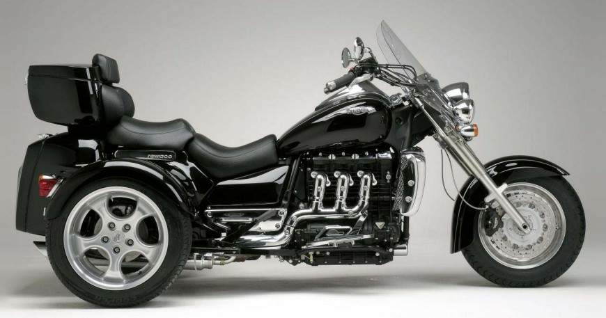 Triumph Prepares New Rocket III Trike for 2013 - autoevolution