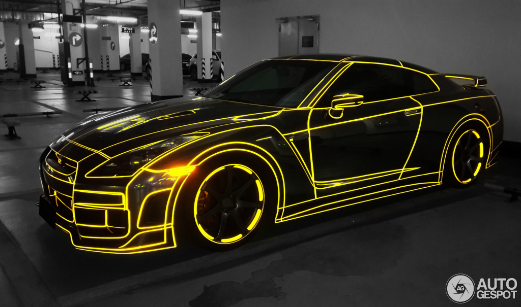 Tron Nissan GT-R Appears on the Chinese Grid - autoevolution