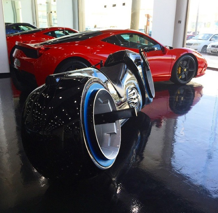 Pictures Ford Fx Atmos Concept Car 1954 98720 likewise Batmobile For Sale Batman Car Expected To Fetch 90000 At Historics Auction 4185542 in addition Alfa Romeo C52 Disco Volante Spider  1 moreover  as well Mobil Rc Drift Nqd 4wd Alfa Romeo C8  petizione Merah. on alfa romeo bat cars