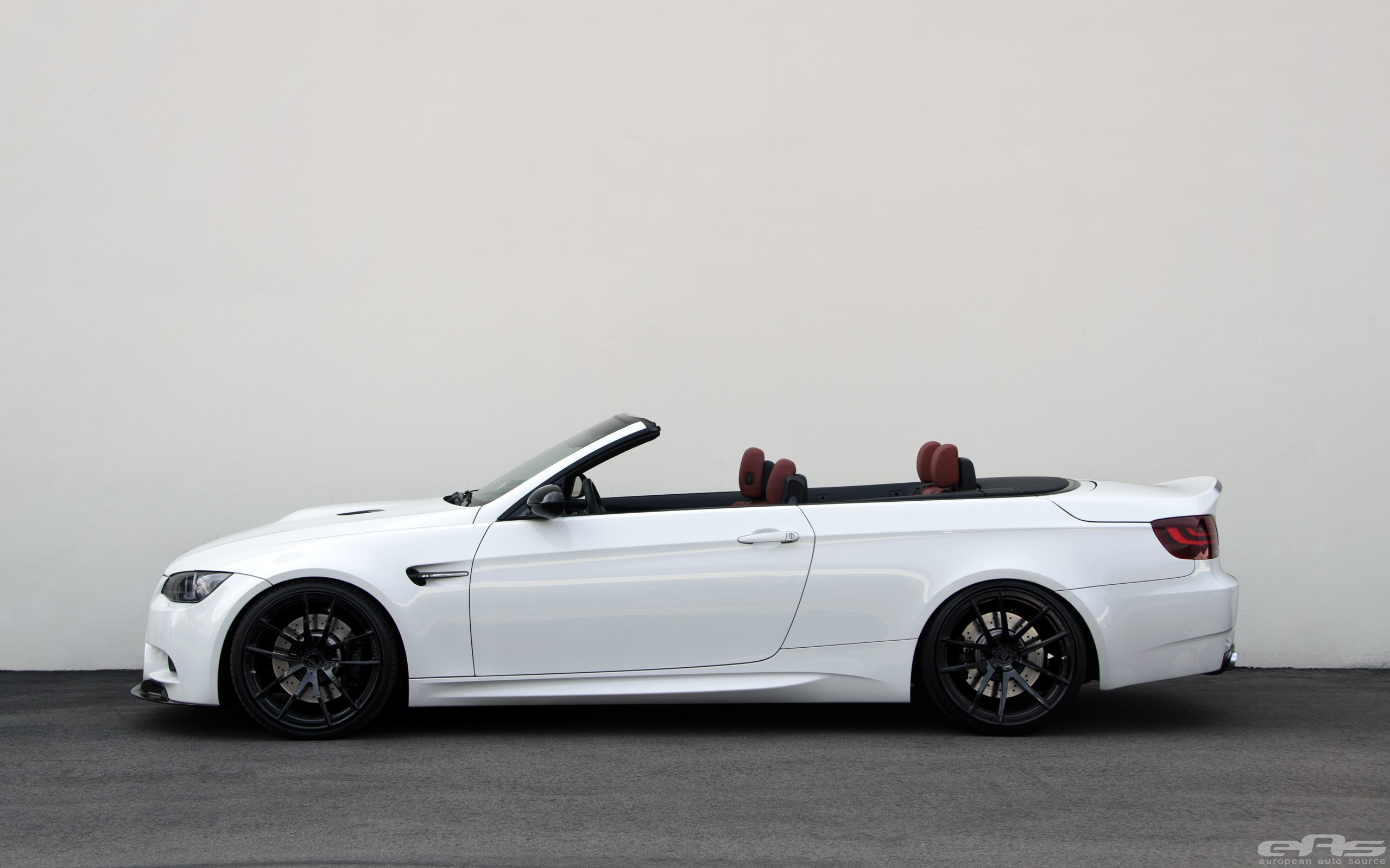 Bmw White Convertible Tuned Bmw E M Convertible Puts Down Hp
