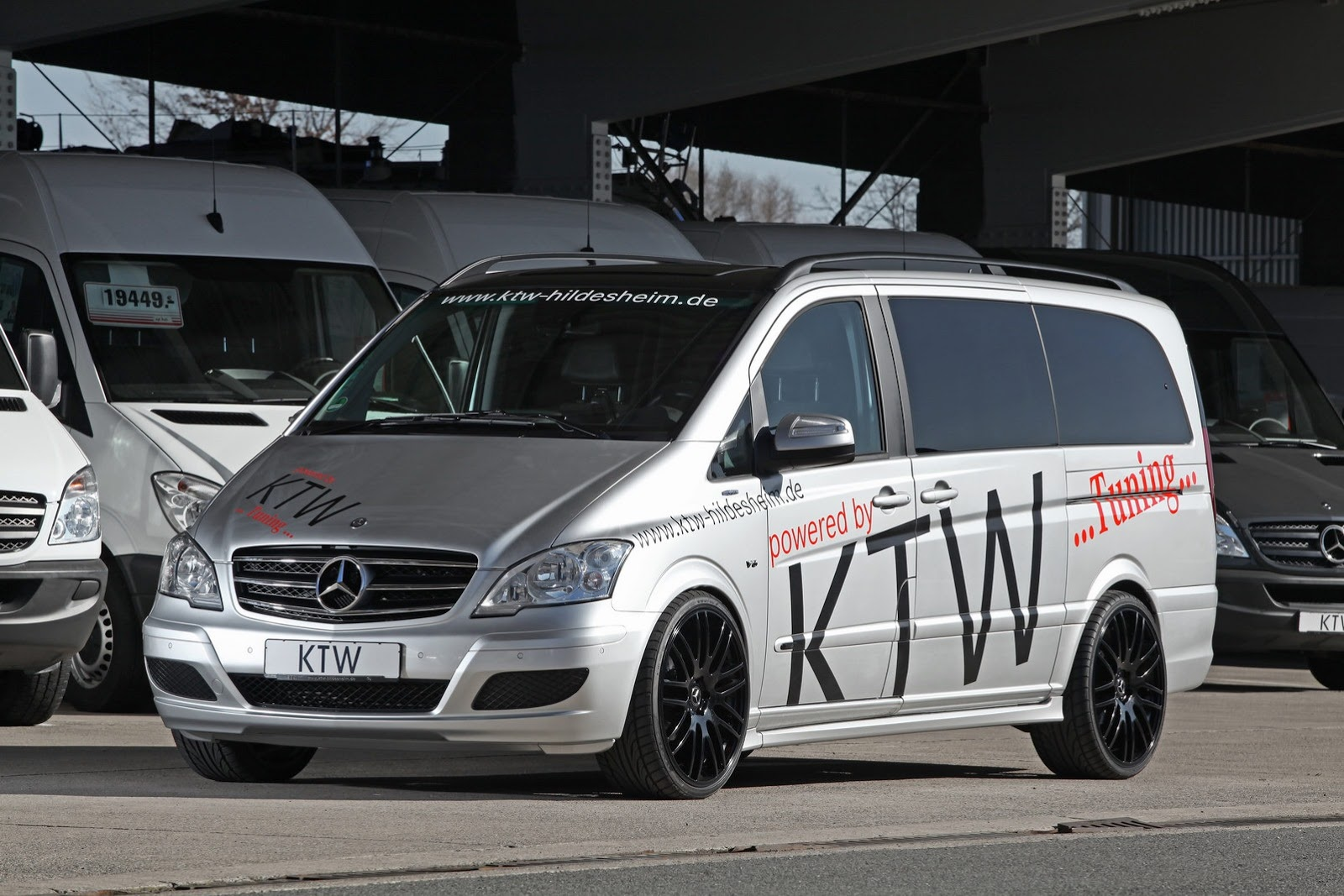 tuned mercedes viano by ktw autoevolution. Black Bedroom Furniture Sets. Home Design Ideas