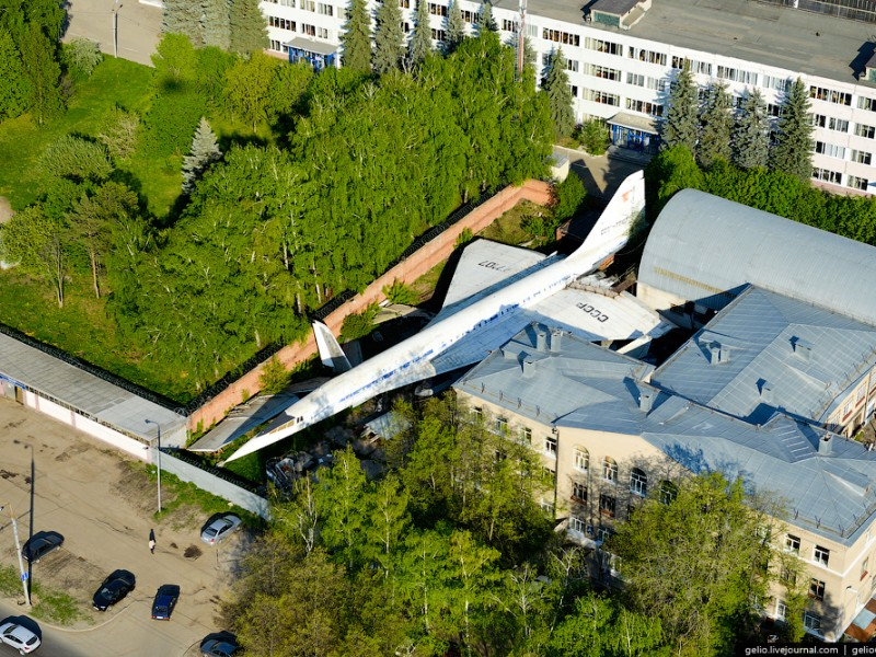 """Tupolev Tu-144 """"Concordski"""" Discovered Hidden in Tatarstan ..."""