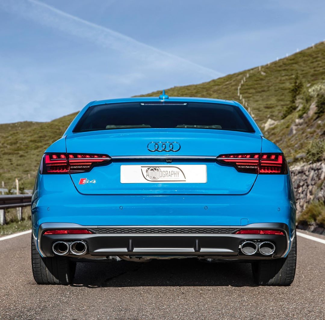 Turbo Blue 2020 Audi S4 TDI Is a Cool Sedan, Exhaust Is Fake