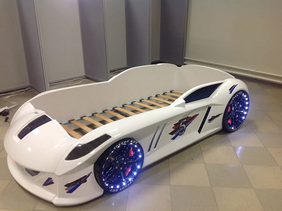 turn your kid into a future sportscar addict with these car beds autoevolution. Black Bedroom Furniture Sets. Home Design Ideas