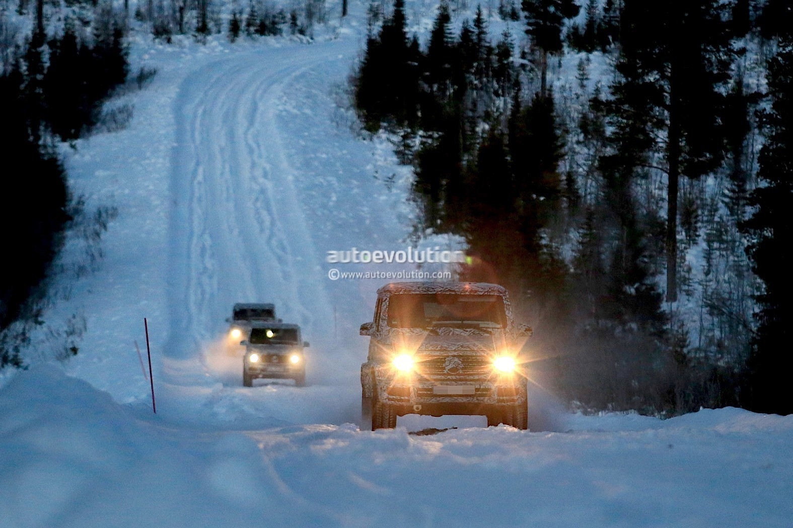 Mercedes Auto Parts >> Two 2019 Mercedes-AMG G63s Play With a Third G-Class in the Arctic Snow - autoevolution