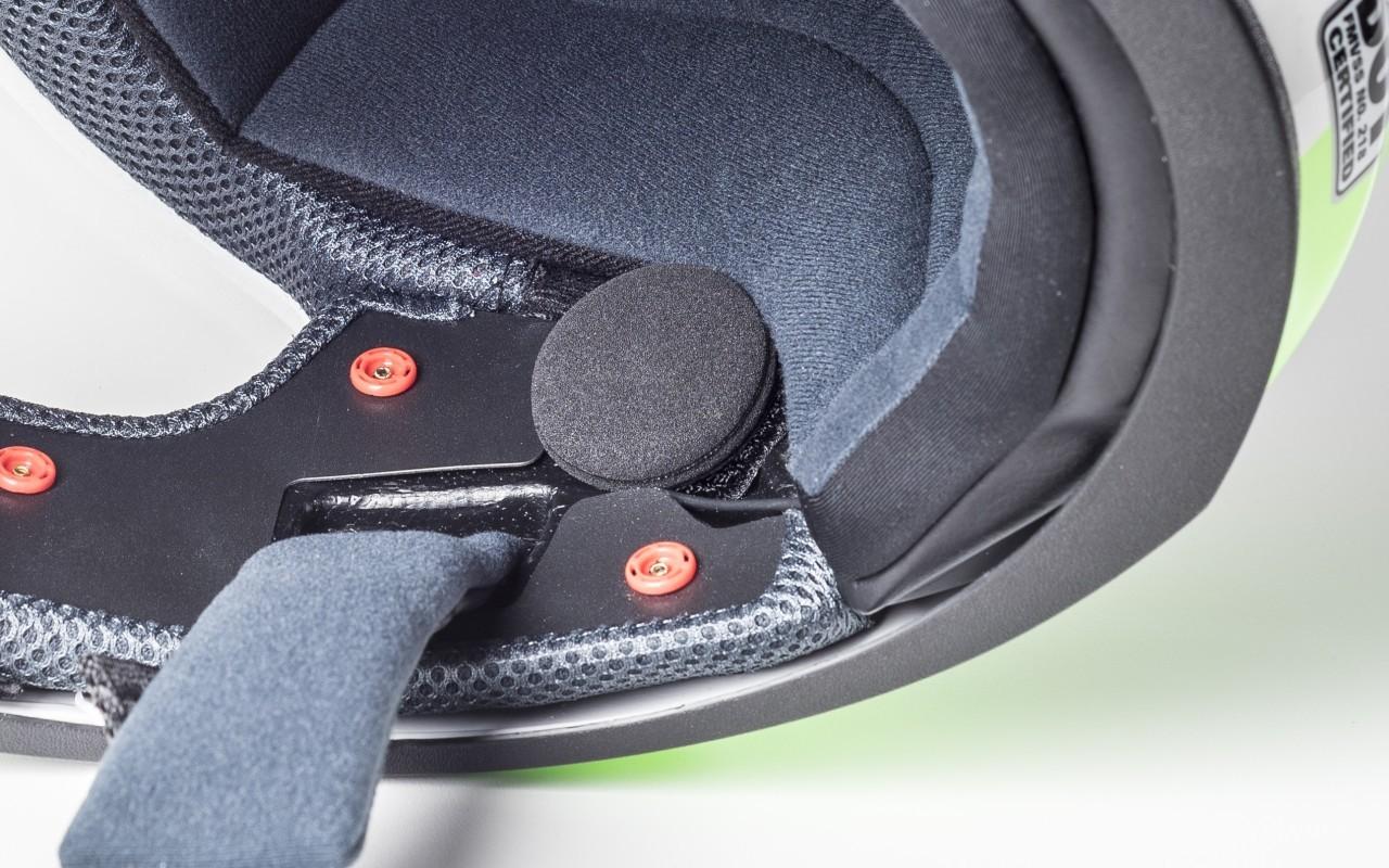 Motorcycle Helmet With Built In Speakers And Microphone