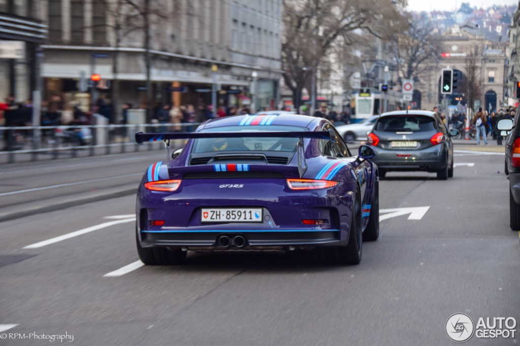 Ultraviolet Blue Porsche 911 Gt3 Rs In Martini Livery
