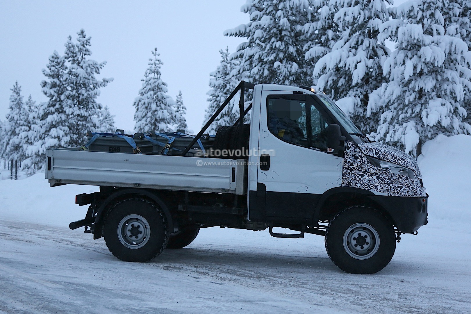 Unimog-rivaling Iveco Daily 4x4 Spied For the First Time ...