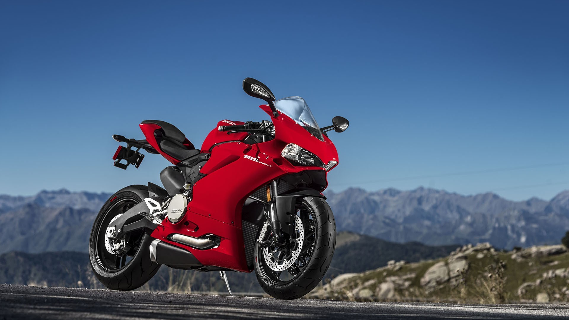 Unique Ducati Panigale V4S Motorcycles to Sell on eBay After
