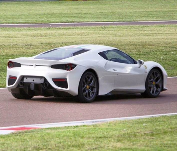 Update Ferrari 488 One Off With 288 Gto Like Quot Tail