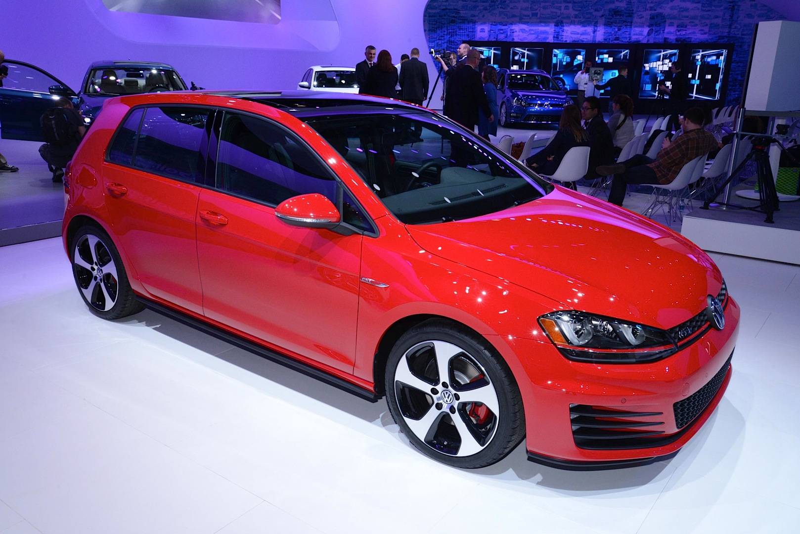2015 volkswagen jetta golf gti and r 2014 new york auto show
